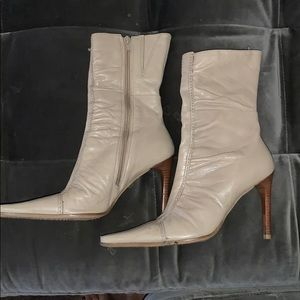 Bronx pointed toe ankle boots
